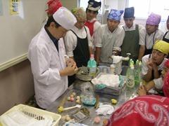 西の京中学校でお菓子教室