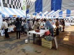 5,000人の来場者で賑わったアオーレ長岡のスイーツ売り場