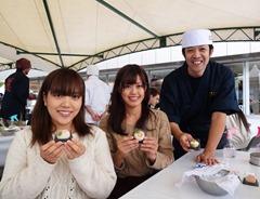 若い女性に人気の百万石和菓子作り教室