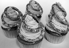 ラムレーズンとクランベリーのチョコレートケーキ