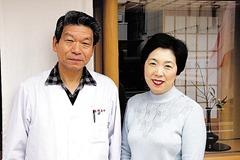 原昶さん(左)