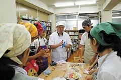 西ノ京中学校にてお菓子教室