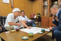 4代目の中島康博氏と5代目の健一朗氏