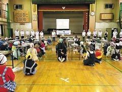 熊本市の小学校で菓子教室