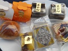 岡埜栄泉上尾店のお菓子
