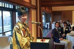 高野権宮司の記念講演の様子