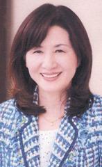納富輝子さん